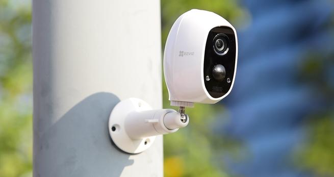 Support de montage pour la caméra C3A : installation sécurisée