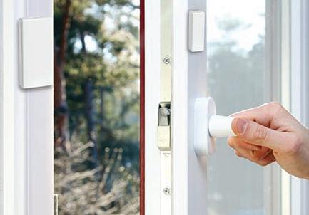 Détecteur d'ouverture de porte et fenêtre ultraplat